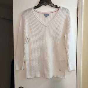 Izod sweater in excellent condition.